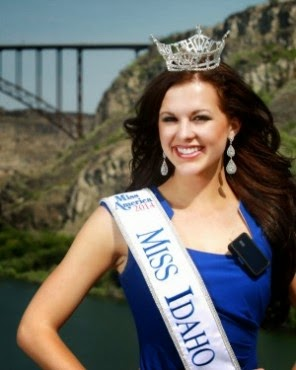 Diabetic Beauty Queen Rocks the Insulin Pump!